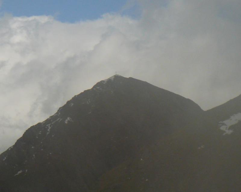 ..najednou je zastínil oblak..